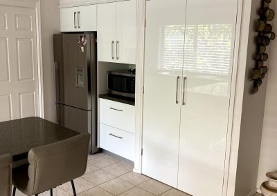 white gloss cupboards